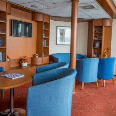 Отель OnRiver Hotels - MS Cezanne Будапешт развлечения