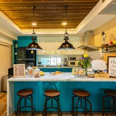 Отель Maneeya Park Residence Бангкок гостиничный бар