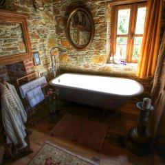 Отель Terrace Houses Sirince - Fig, Olive and Grapevine ванная фото 2