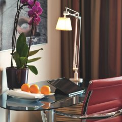 Отель Movenpick City Centre Амстердам в номере