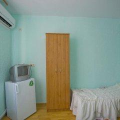 Гостиница Guest House Krymskaya 82 в Анапе отзывы, цены и фото номеров - забронировать гостиницу Guest House Krymskaya 82 онлайн Анапа удобства в номере фото 2