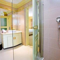 Отель Kingston Suites Bangkok ванная фото 2
