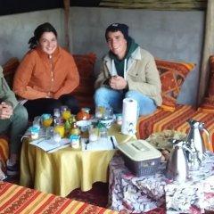 Отель Chez Family Bidouin Merzouga Марокко, Мерзуга - отзывы, цены и фото номеров - забронировать отель Chez Family Bidouin Merzouga онлайн помещение для мероприятий
