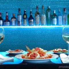 Отель Daios Luxury Living Греция, Салоники - отзывы, цены и фото номеров - забронировать отель Daios Luxury Living онлайн гостиничный бар