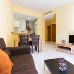 Отель Mercaders By Hoom Испания, Валенсия - отзывы, цены и фото номеров - забронировать отель Mercaders By Hoom онлайн комната для гостей фото 4