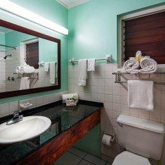 Отель Tobys Resort ванная фото 2