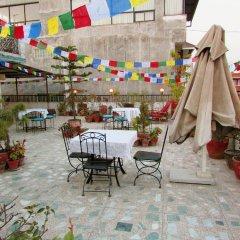 Отель The Sacred Valley Home Непал, Катманду - отзывы, цены и фото номеров - забронировать отель The Sacred Valley Home онлайн бассейн фото 2