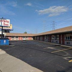 Отель Knights Inn Niagara Falls Near IAG Airport США, Ниагара-Фолс - отзывы, цены и фото номеров - забронировать отель Knights Inn Niagara Falls Near IAG Airport онлайн парковка