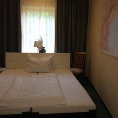 Отель Villa St. Tropez Прага комната для гостей фото 2