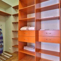 Milli One Mini-hotel сейф в номере