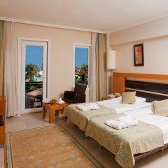 Отель Crystal Flora Beach Resort – All Inclusive комната для гостей фото 2
