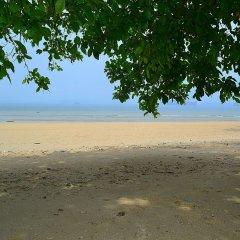 Klong Muang Sunset Hotel пляж