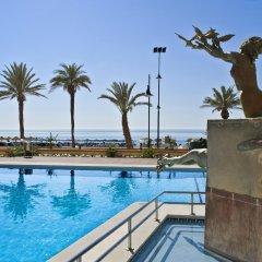 Отель Melia Costa del Sol бассейн