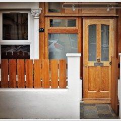 Отель London Malvern Road Rooms To Let Лондон сейф в номере