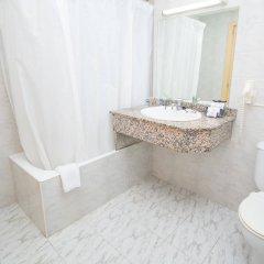 Отель Amic Miraflores Испания, Кан Пастилья - 3 отзыва об отеле, цены и фото номеров - забронировать отель Amic Miraflores онлайн ванная фото 2