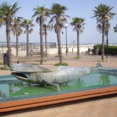 Hotel Savini Римини бассейн
