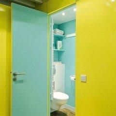 Отель Vacation Rental Secretan Париж ванная