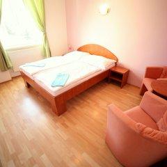 Отель Leon Hotel Чехия, Прага - 2 отзыва об отеле, цены и фото номеров - забронировать отель Leon Hotel онлайн комната для гостей
