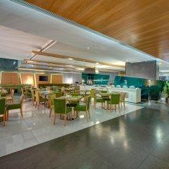 Al Khoory Executive Hotel гостиничный бар