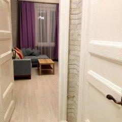 Апартаменты LUXKV Apartment on Nikolayeva балкон