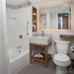 Отель New York Hilton Midtown США, Нью-Йорк - отзывы, цены и фото номеров - забронировать отель New York Hilton Midtown онлайн ванная фото 3