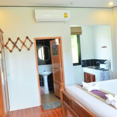 Отель Phongpipat Lanta Mansion Ланта удобства в номере фото 2