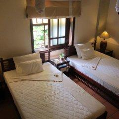 An Huy hotel Хойан комната для гостей