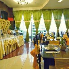 Отель Eurotel Makati Филиппины, Макати - отзывы, цены и фото номеров - забронировать отель Eurotel Makati онлайн гостиничный бар