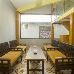 Отель OYO 150 Hotel Himalyan Height Непал, Катманду - отзывы, цены и фото номеров - забронировать отель OYO 150 Hotel Himalyan Height онлайн питание фото 2