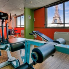 Отель Mercure Paris Centre Tour Eiffel фитнесс-зал фото 2