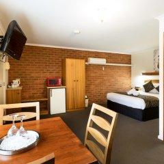 Отель Advance Motel в номере фото 2