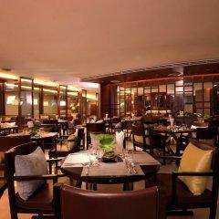 Отель AETAS residence Таиланд, Бангкок - 2 отзыва об отеле, цены и фото номеров - забронировать отель AETAS residence онлайн гостиничный бар