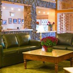 Отель Mountain Edge Resort & Spa at Sunapee интерьер отеля