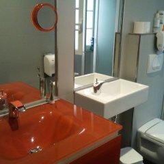 B.a. Hostel Лиссабон ванная