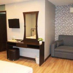 Отель YWCA International House Bangkok фото 11
