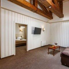 Гостиница Премьер Женева комната для гостей