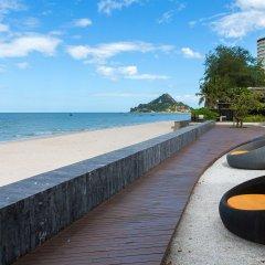 Отель Baan Sansuk Beachfront Condominium Таиланд, Хуахин - отзывы, цены и фото номеров - забронировать отель Baan Sansuk Beachfront Condominium онлайн пляж