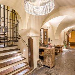 Отель MOOo by the Castle Чехия, Прага - отзывы, цены и фото номеров - забронировать отель MOOo by the Castle онлайн интерьер отеля