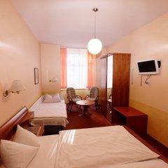 Отель PrivatHotel Probst Германия, Нюрнберг - отзывы, цены и фото номеров - забронировать отель PrivatHotel Probst онлайн комната для гостей фото 5