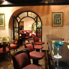 Отель Grand Hotel Kathmandu Непал, Катманду - отзывы, цены и фото номеров - забронировать отель Grand Hotel Kathmandu онлайн гостиничный бар