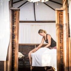 Отель Present Moment Retreat сауна