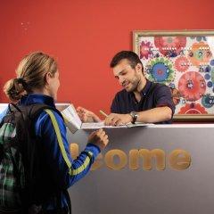 Отель Brussel Hello Hostel Бельгия, Брюссель - отзывы, цены и фото номеров - забронировать отель Brussel Hello Hostel онлайн интерьер отеля фото 3