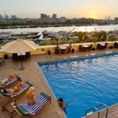 Carlton Tower Hotel Дубай бассейн фото 3
