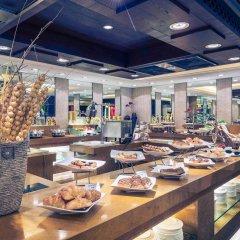Отель Mercure Shanghai Royalton питание