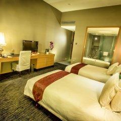 Отель Royal Tulip Luxury Hotels Carat - Guangzhou Китай, Гуанчжоу - 2 отзыва об отеле, цены и фото номеров - забронировать отель Royal Tulip Luxury Hotels Carat - Guangzhou онлайн комната для гостей фото 5
