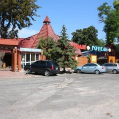 Гостиница Zakarpatska Kolyba парковка