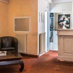 Отель Hôtel Solara удобства в номере