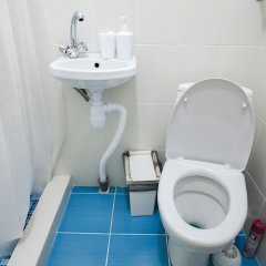 Гостиница GuestHouse WhiteNight в Санкт-Петербурге 2 отзыва об отеле, цены и фото номеров - забронировать гостиницу GuestHouse WhiteNight онлайн Санкт-Петербург ванная