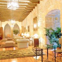 Отель Parador De Hondarribia Испания, Фуэнтеррабиа - отзывы, цены и фото номеров - забронировать отель Parador De Hondarribia онлайн интерьер отеля
