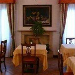 Отель La Loggia Италия, Местрино - отзывы, цены и фото номеров - забронировать отель La Loggia онлайн питание фото 3